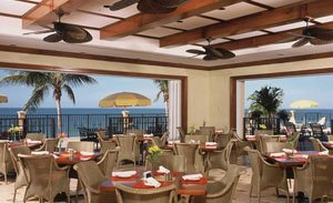 beach-club-dining2