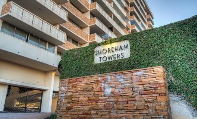 8787 Shoreham #404