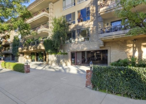 cj 1124 N. Kings Rd., #202, West Hollywood, CA