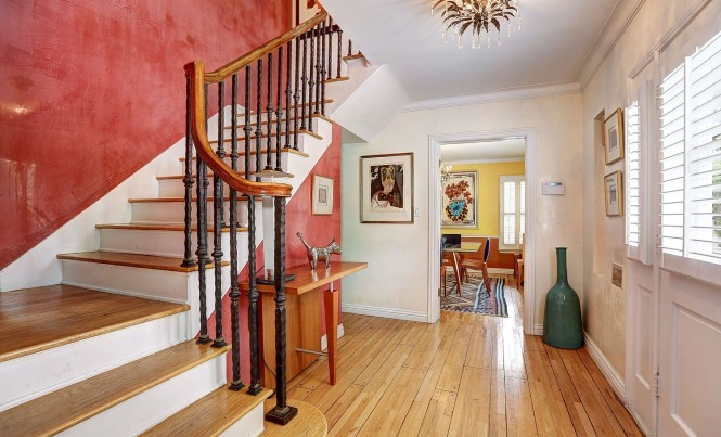 Stairway 1225 Beverly Green