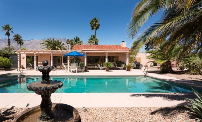 570 N. Lujo Cir. Palm Springs, CA 92262
