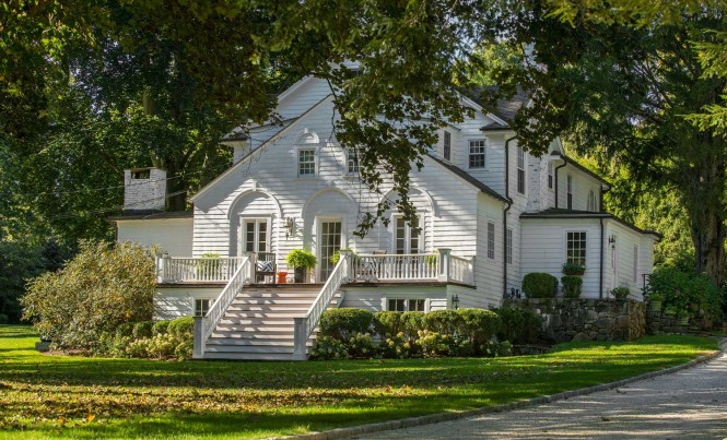 new-canaan-Exterior