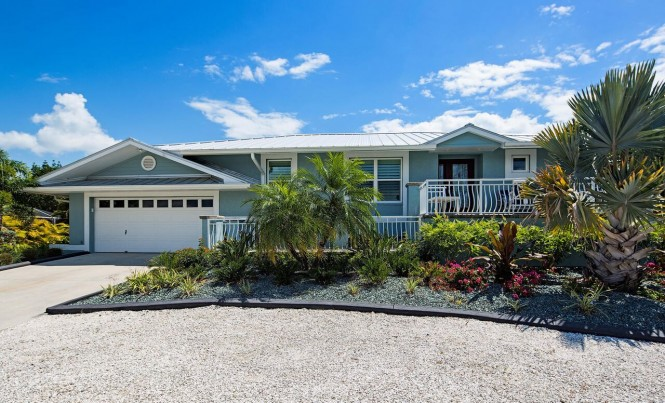 16 Fairview Blvd, Fort Myers Beach, FL 33931